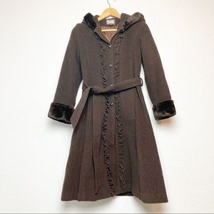 Rothschild brown coat with faux fur accents small